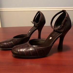 Vintage Aldo Brown Mary Jane heels